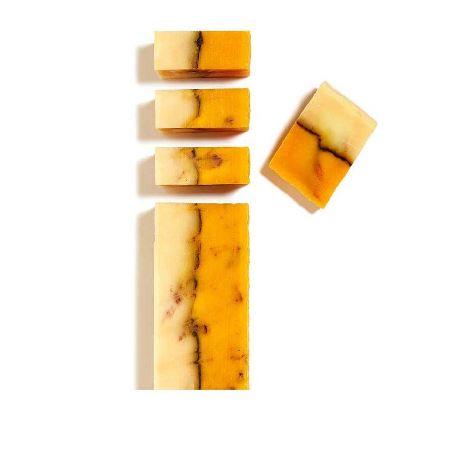 Тонизирующее натуральное мыло Заводной Апельсин в брусках